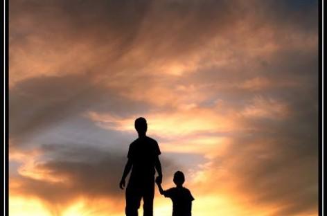 Не учите децу речима него поступцима, не расправом него показивањем…