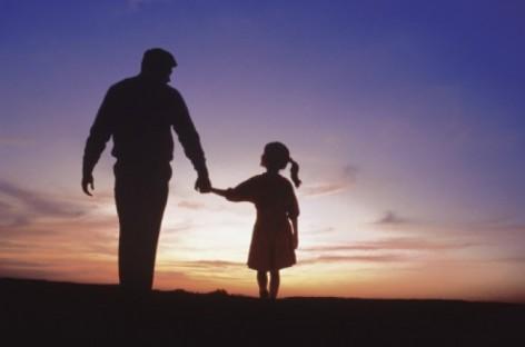 Мишљење девојчице о себи формира њен тата