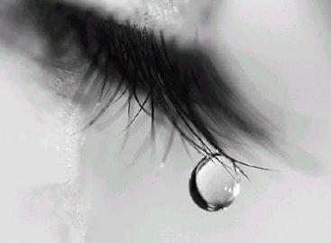 Не плачи, мајко