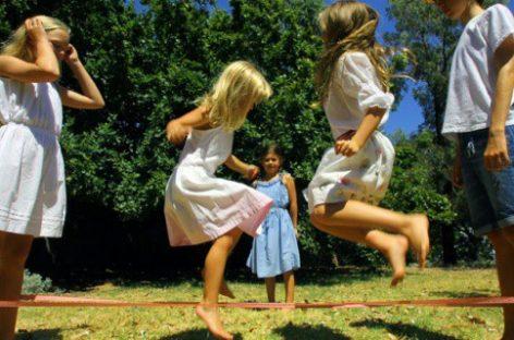 Možete li da zamislite detinjstvo bez klikera i lastiša?