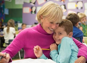 Кад учитељица постане и мајка и отац