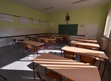 Директори крију да у школама имају слободна радна места