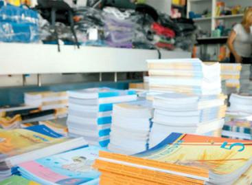 Министарство обезбеђује бесплатне уџбенике и приручнике за средње школе