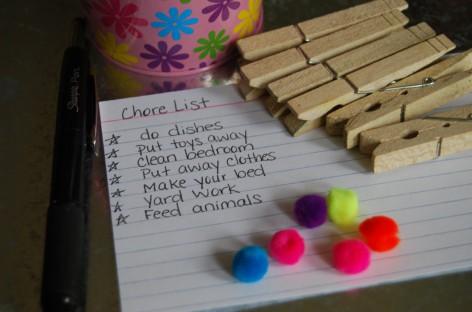 Мали трик да мотивишете децу да раде кућне послове