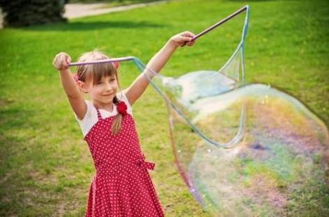 Одлична летња забава за децу (ВИДЕО)