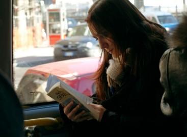 Бесплатан превоз у Румунији за све који читају књигу у аутобусу