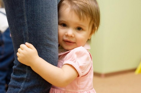 Развој говора и комуникације код деце. Шта значи ако ме дете вуче за руку и гледа у њу?