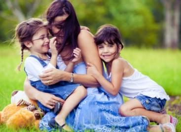 Маме, ево како да саветујте своју кћерку о љубави