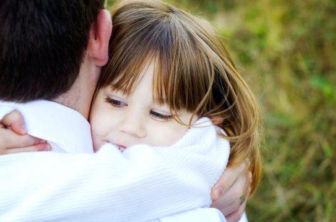 Шта сваки тата треба да научи ћерку