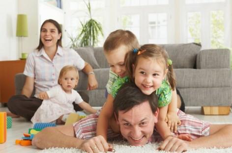 Шта је то што је потребан ( можда не и довољан ) услов – оно што мора бити темељ здраве личности детета?