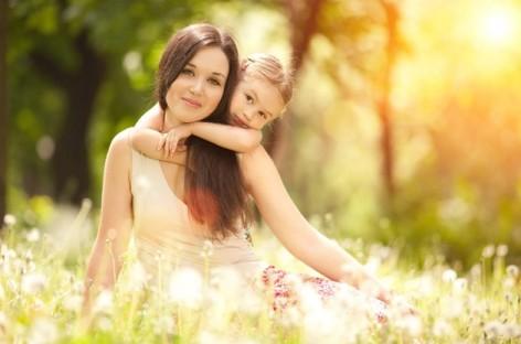 Draga ličnost mog detinjstva – sastavi o mami (odabrani radovi)