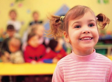 Какви су односи између деце у вртићком узрасту, на шта посебно треба обратити пажњу и шта саветују стручњаци?