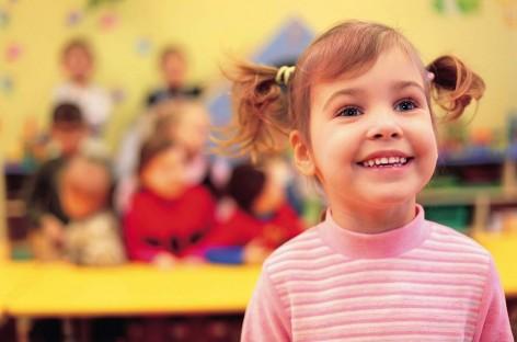 Kakvi su odnosi između dece u vrtićkom uzrastu, na šta posebno treba obratiti pažnju i šta savetuju stručnjaci?
