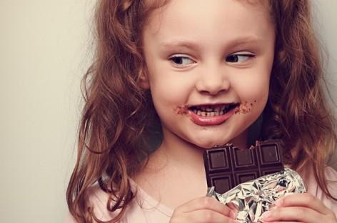 Три разлога да деци дајете мање слаткиша