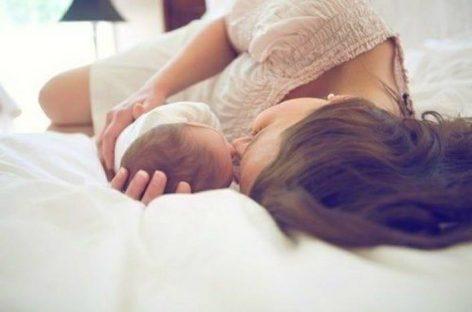 Згодна мама, месец дана након порођаја. А беба, како је?