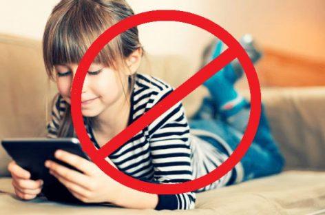 Француска забранила мобилне и таблете у основним школама