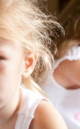 Zašto je našoj deci dosadno u školi, nestrpljiva su, nervozna i nemaju prave prijatelje?