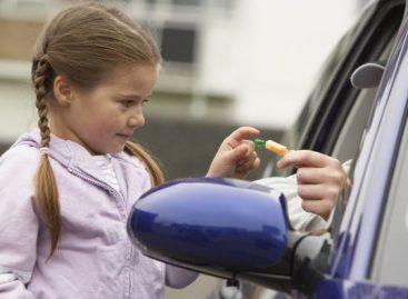 Заштита детета од отмичара: 10 обавеза родитеља и 10 ствари које ваша деца морају знати