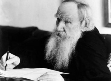 Толстој о васпитању: Све тешкоће потичу отуда што родитељи не исправљају своје мане, а желе да те мане не виде у деци