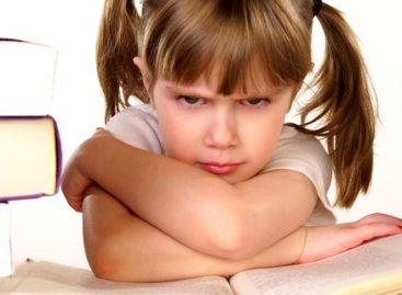 Како мотивисати дете да самостално пише домаће задатке