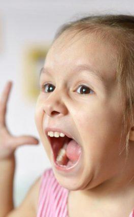 У раном детињству, без извесне врсте шока нема ни напретка