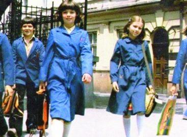 Српска просвета има много важнијег посла од школских унифоми