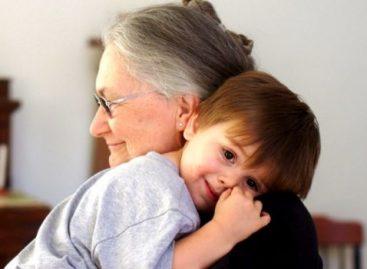 Имамо добру вест за баке и деке који чувају унуке!