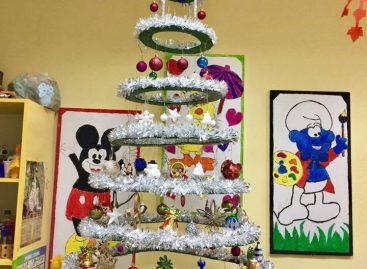 Радови наших колега: Новогодишња јелка