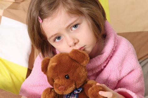 5 најчешћих родитељских грешака због којих су деца стално болесна