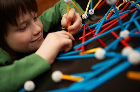 7 igara za decu koje pomažu razvoju inteligencije