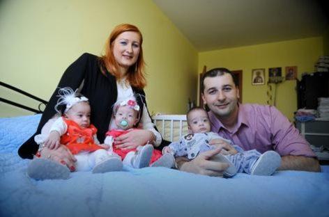 Да ли ће и у Србији мајке са троје деце добити ДОЖИВОТНА ПРИМАЊА