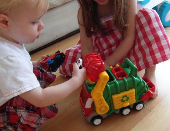Играчке за најмлађе којима ће се играти генерације
