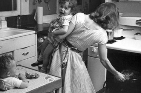 Истраживање: Посао мајке једнак је као 2,5 посла с пуним радним временом!