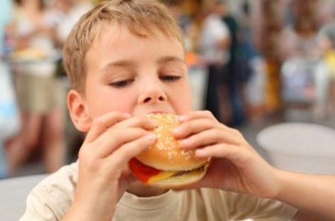 Родитељи, пазите шта ваша деца једу!