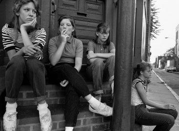 Омладина некад и сад – од глуварења, преко кулирања до блеје. У чему је разлика?