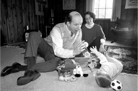 """Стенли Гриспен: Методом комуникације """"време на поду"""" родитељи највише могу помоћи деци"""