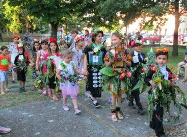 U Elemiru održan Karneval cveća