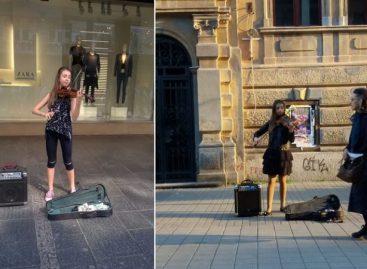 """""""Ја не просим, ја сам на концерту"""" Млада виолинисткиња има прелеп разлог зашто по цео дан свира у Kнезу"""