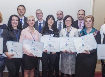 Помозите да пронађемо најбоље учитеље у Србији!