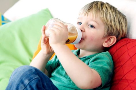 Морате подвући црту и одредити дневну количину сока да не би деци угрозили здравље
