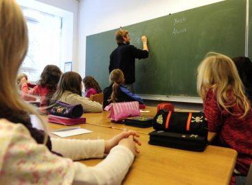"""Imamo školu koja još uvek daleko više priprema decu za """"nazovi nauku"""", nego za život"""