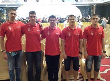 Mladi srpski fizičari osvojili pet medalja u Indoneziji