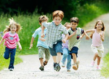 Зашто дечак од седам година не сме а трчи на великом одмору у школи