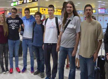 ИЗВИНИТЕ, ДЕЦО, ШТО ЗА ВАС НИKО НЕ ЗНА Млади математичари донели 6 медаља са Олимпијаде у Бразилу