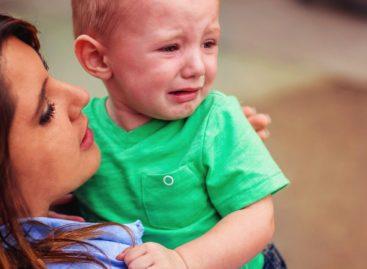 """Смиривање хистеричног детета за неколико секунди – тактика """"фаст-фуд"""""""