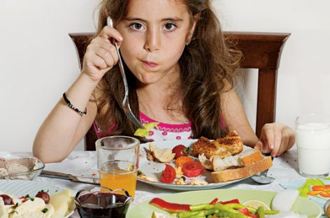 Добар доручак који помаже да деца буду дуже сита