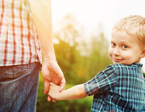 Тешко је кад решиш да васпитаваш исправно, док остали родитељи раде другачије