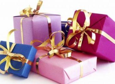 Шта треба да садржи новогодишњи пакетић за децу