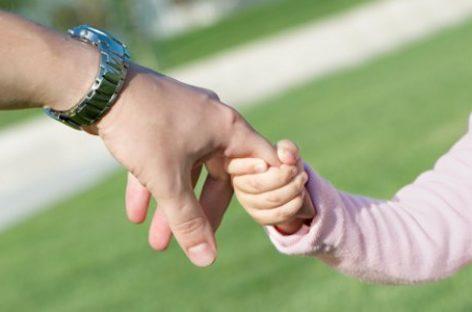 Прича из два угла: Какав је живот ћерке која никад није имала оца?