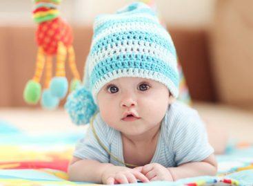 Зашто је важно да беба борави на поду /равној подлози